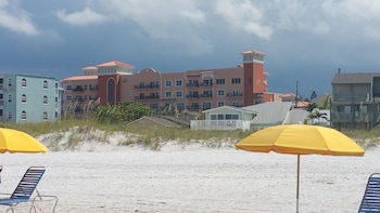 Picture of Madeira Bay Resort & Spa in Madeira Beach