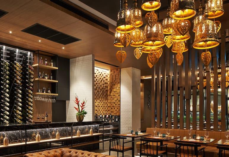 奧南喀比西蒂 D2 酒店, 喀比, 酒店酒吧