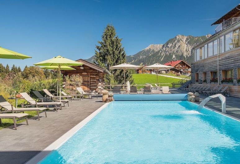 Hotel Oberstdorf, Oberstdorf, Piscina al aire libre