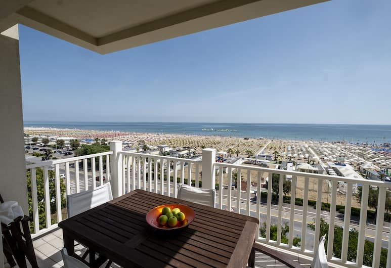 Le Rose Suite Hotel, Rimini, Suite, Balcony, Sea View, Bilik