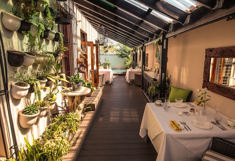 Point B Guest House, Cape Town, Outdoor Dining
