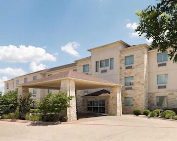 Picture of Rodeway Inn & Suites in Killeen
