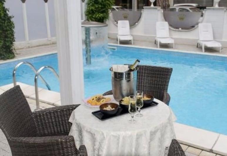 Hotel Royal Plaza, Rimini, Bar a bordo piscina
