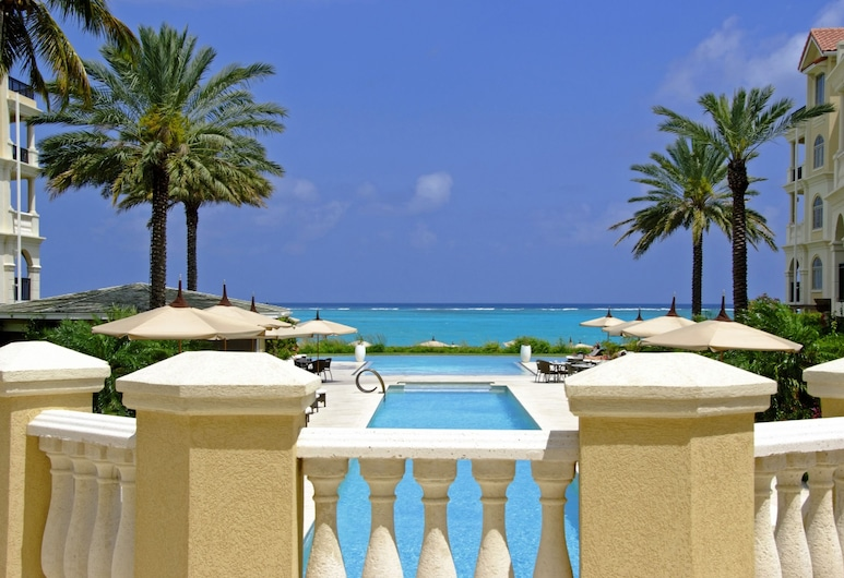 The Somerset on Grace Bay, Providenciales, Piscina