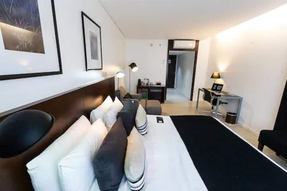 Chambre Standard, 1 grand lit, non-fumeurs - Chambre