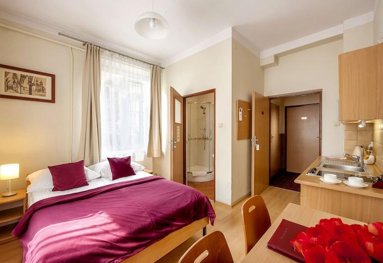 Maly Krakow Aparthotel, Krakow, Standard Double or Twin Room, Bilik