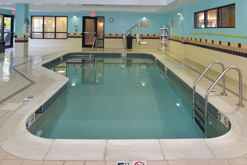 Springhill Suites By Marriott Pittsburgh Mills Taum Indoor Pool
