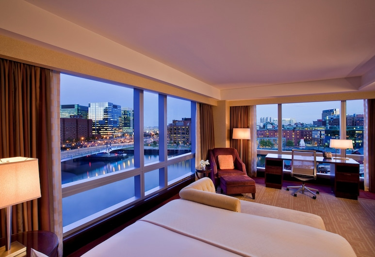 InterContinental Boston, Boston, Room, 1 King Bed, View (Water View), Guest Room