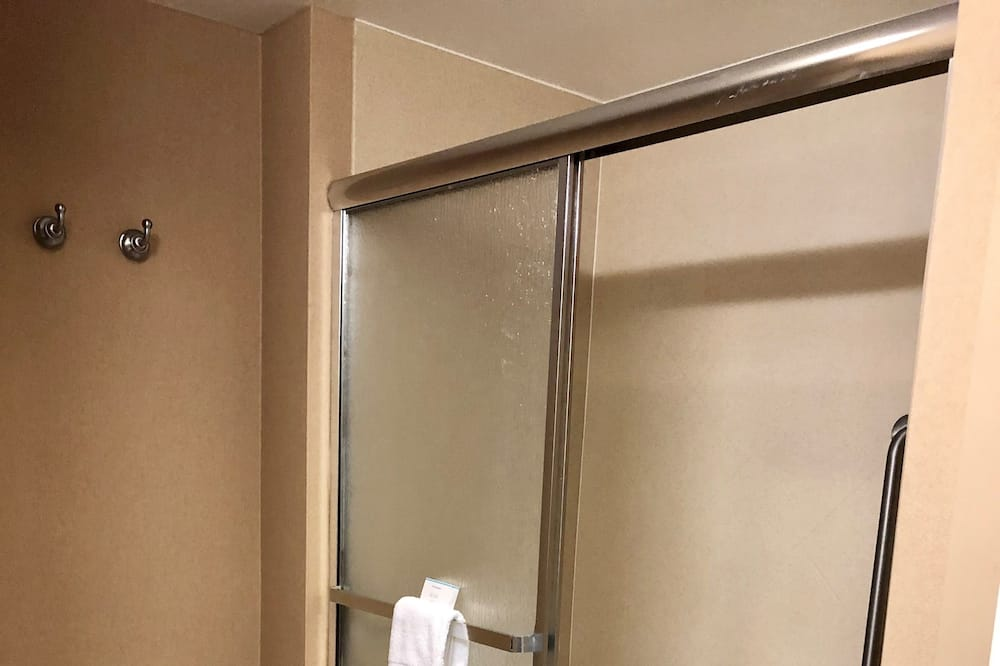 Номер, 1 двуспальная кровать «Кинг-сайз» - Ванная комната