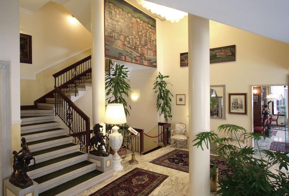 Risultati immagini per Hotel Toscanelli padova
