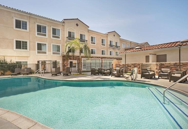 Country Inn & Suites by Radisson, San Bernardino (Redlands), CA, Redlands, Utendørsbasseng