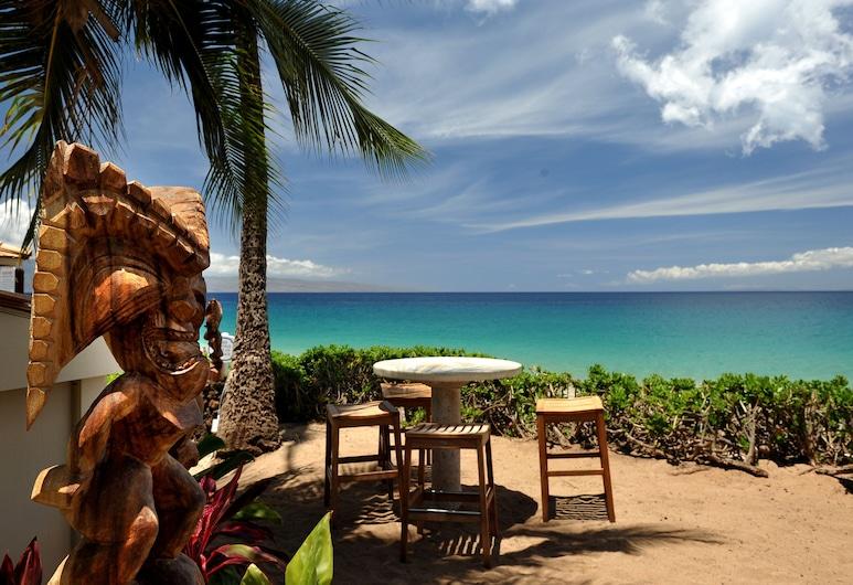 茂宜海洋飯店, 拉海納, 池畔酒吧