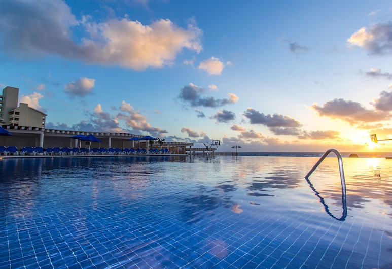 シーダスト カンクン オールインクルーシブ ファミリー リゾート, カンクン, 屋外プール