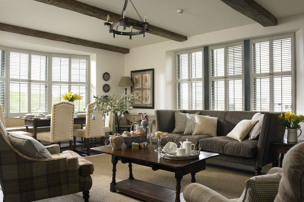 Premier suite, 1 slaapkamer, Uitzicht op de binnenplaats - Woonruimte