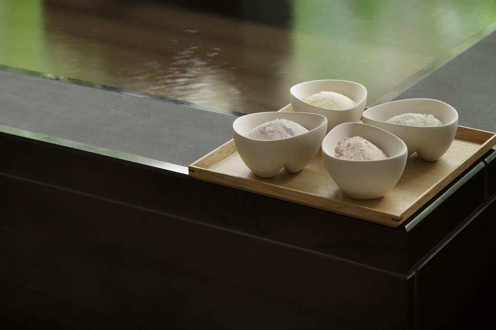 Beltéri jacuzzi