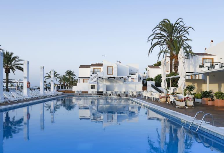 大鵬湖泊公園公寓, Ciutadella de Menorca, 室外泳池
