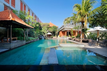 Picture of Adi Dharma Cottages in Kuta