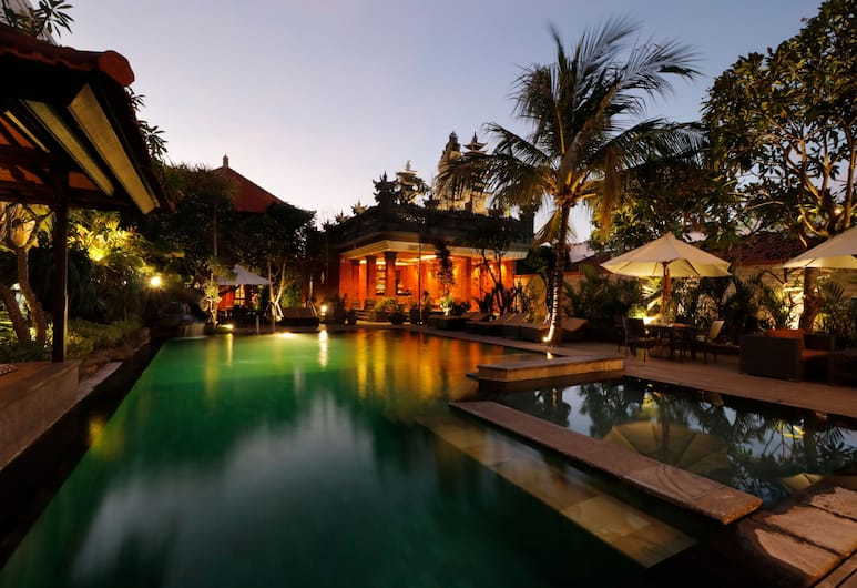 Adi Dharma Cottages, Kuta, Outdoor Pool