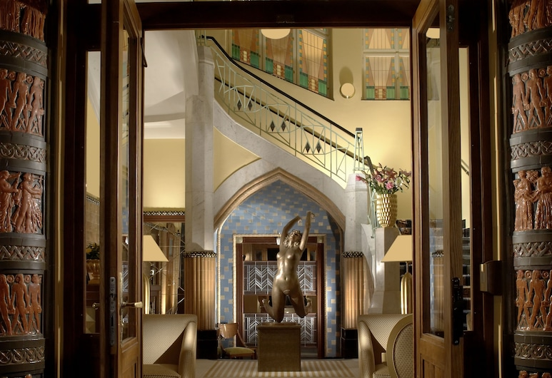 Art Deco Imperial Hotel, Praga, Entrada (parte interna)