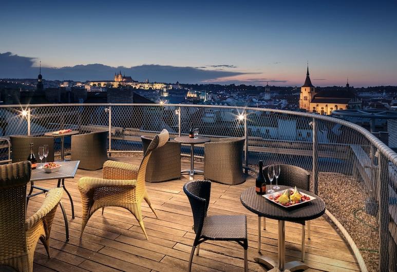 Design Metropol Hotel Prague, Prag, Speisen im Freien