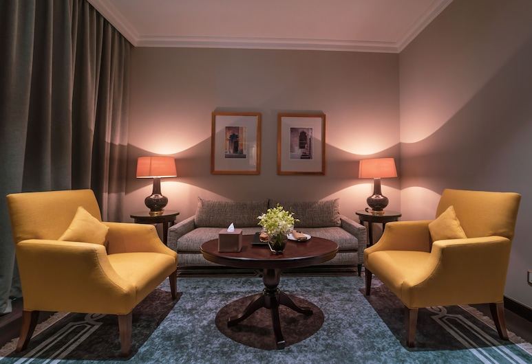 Millennium Hotel Doha, Dauhá, Apartmá s ložnicí a obývacím koutem, dvojlůžko (200 cm), Obývací prostor