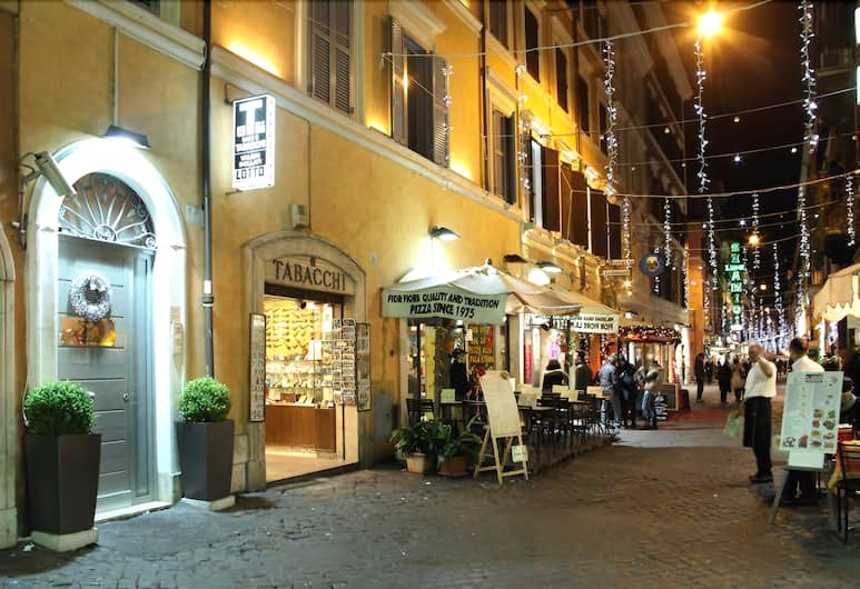 Condotti Palace- Aparthotel, Roma, Utvendig