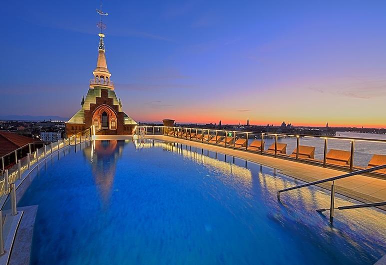 هيلتون مولينو ستاكي فينيس, البندقية, حمام سباحة على السطح