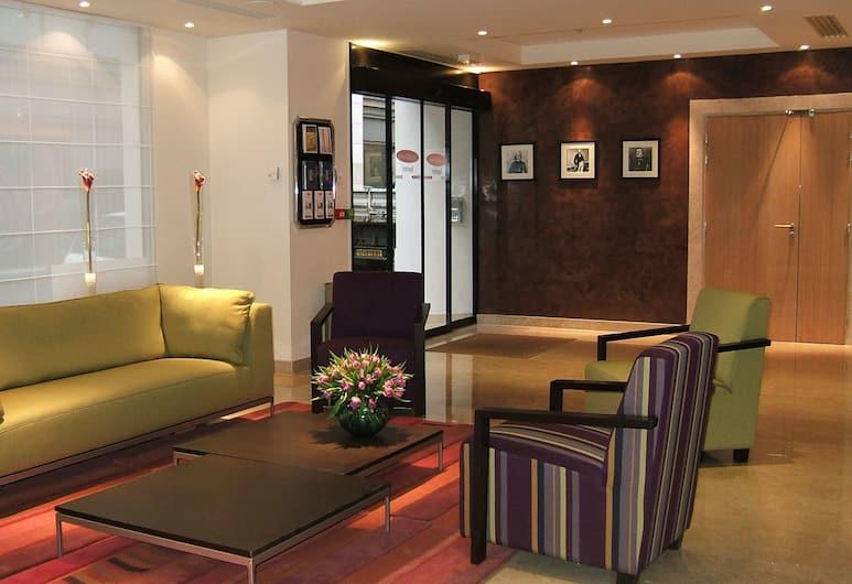 Residhome Appart Hotel Paris-Opéra, Paříž, Posezení ve vstupní hale