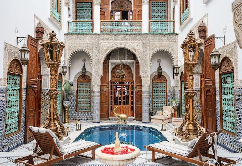 Riad Arabesque, Fes, Suite (Ambassador), Pool