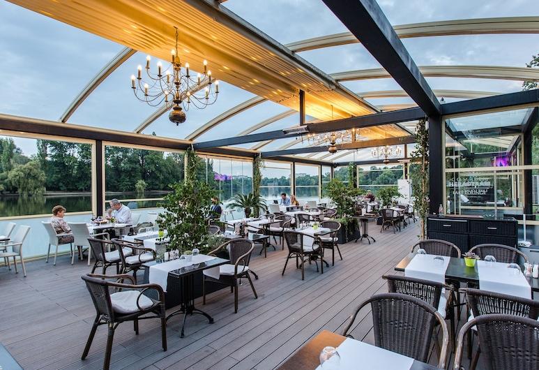 Hotel Herastrau, Βουκουρέστι, Αίθριο/βεράντα