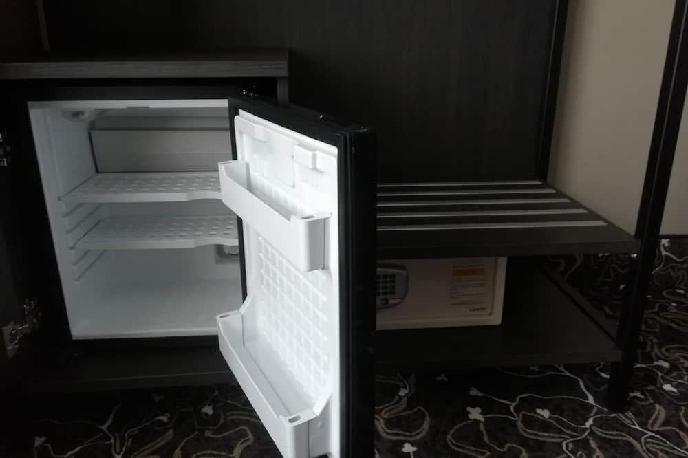 Classic Quadruple Room, Multiple Beds - Mini Refrigerator