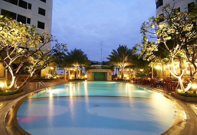 Grand Diamond Suite, Bangkok, Exterior