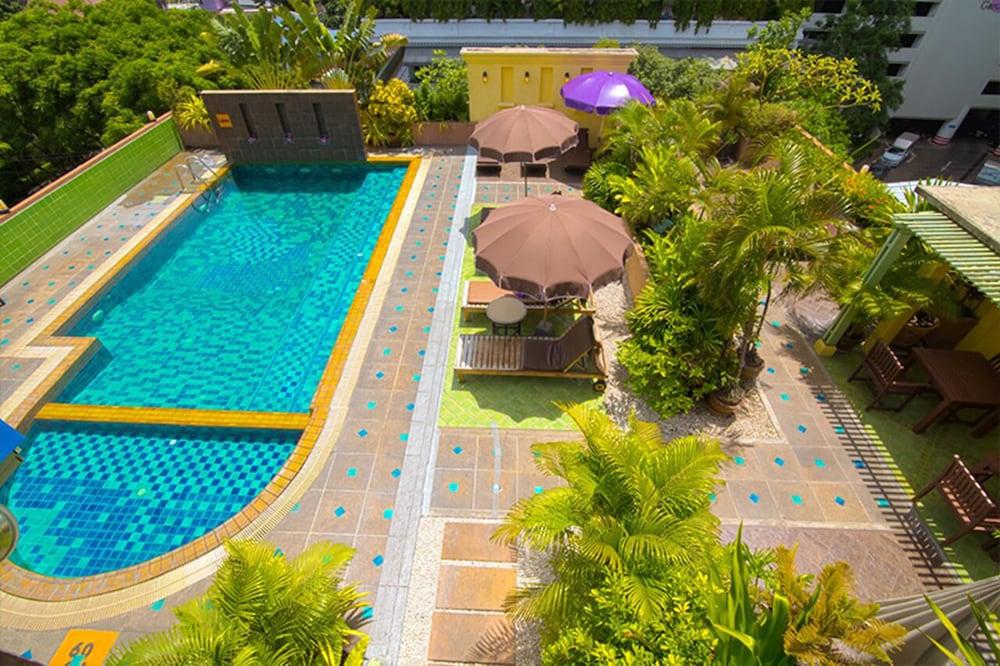 Woraburi Sukhumvit Hotel Resort Bangkok