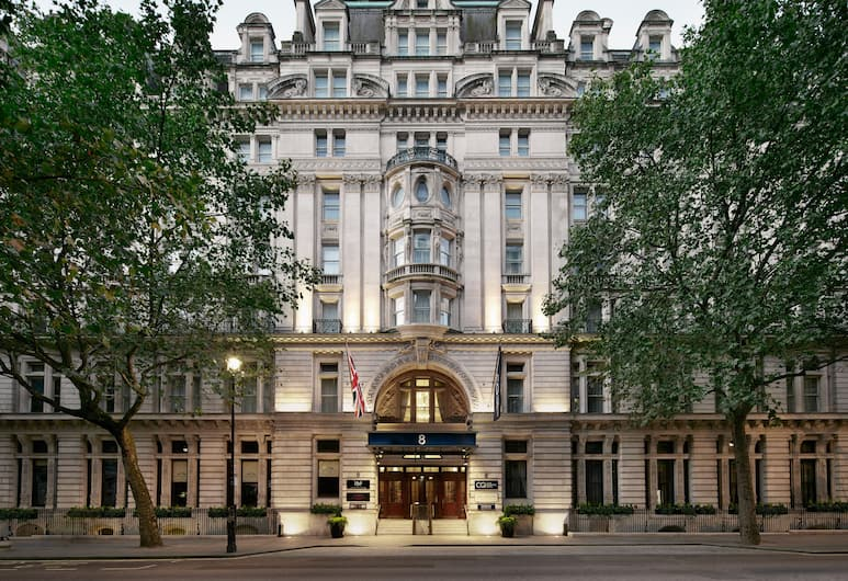 Club Quarters Hotel, Trafalgar Square, London, Hotellentré
