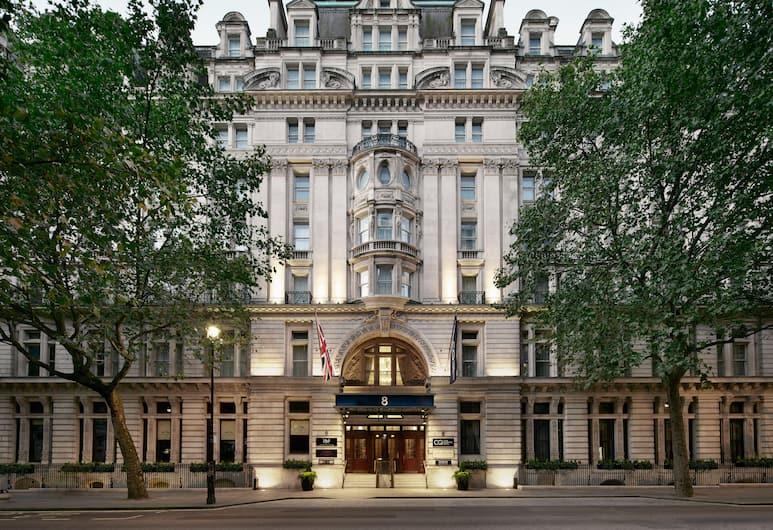 ذا جراند آت ترافلجار سكوير, لندن, واجهة الفندق