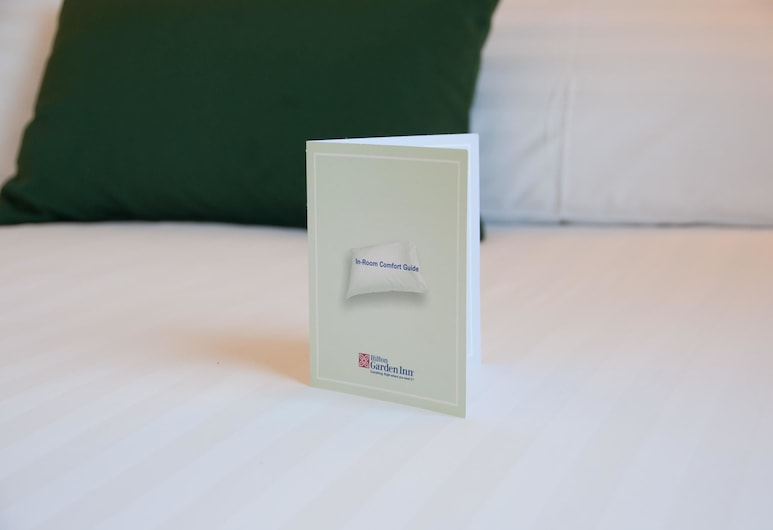 Hilton Garden Inn Rome Airport, Fiumicino, Room, 2 Single Beds, Guest Room