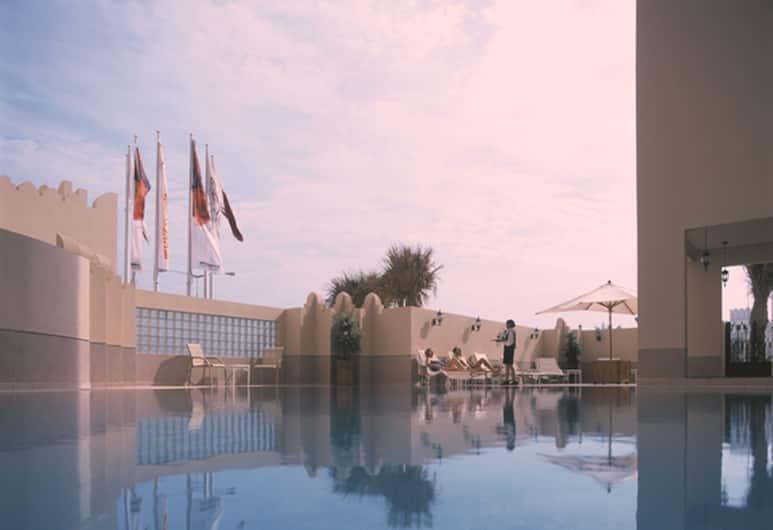 Movenpick Hotel Doha, Доха, Відкритий басейн