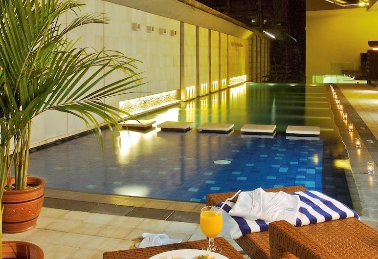 Novotel Bandung, Bandung, Hotel Front