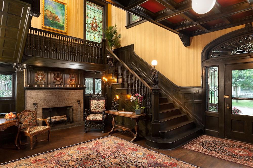 Vrooman Mansion Bloomington, Bloomington