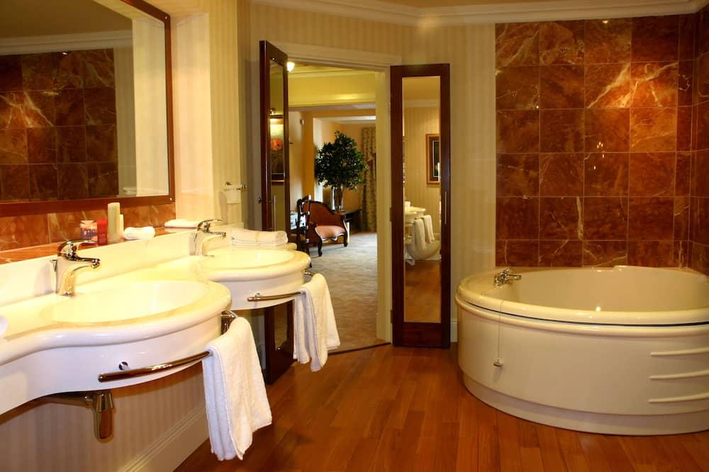 Executive Süit (Double Room) - Banyo