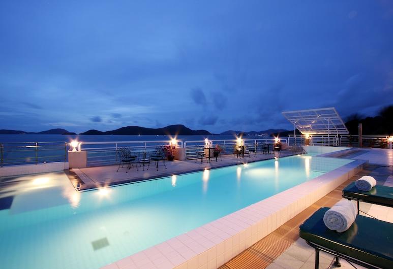 布吉坎塔瑞海灣酒店, 威七, 室外泳池