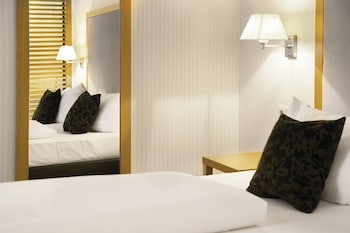 Picture of Townhouse Hotel in Frankfurt