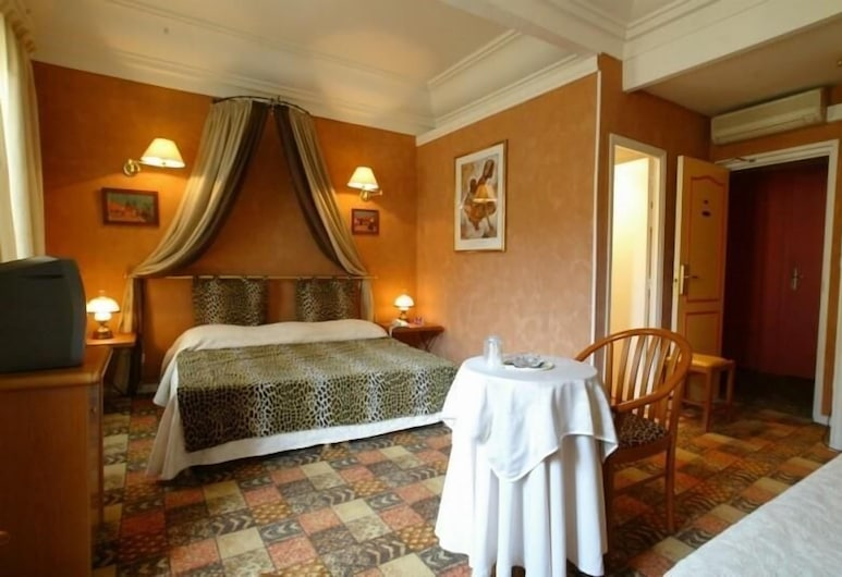 Le Meurice, Nice, Guest Room