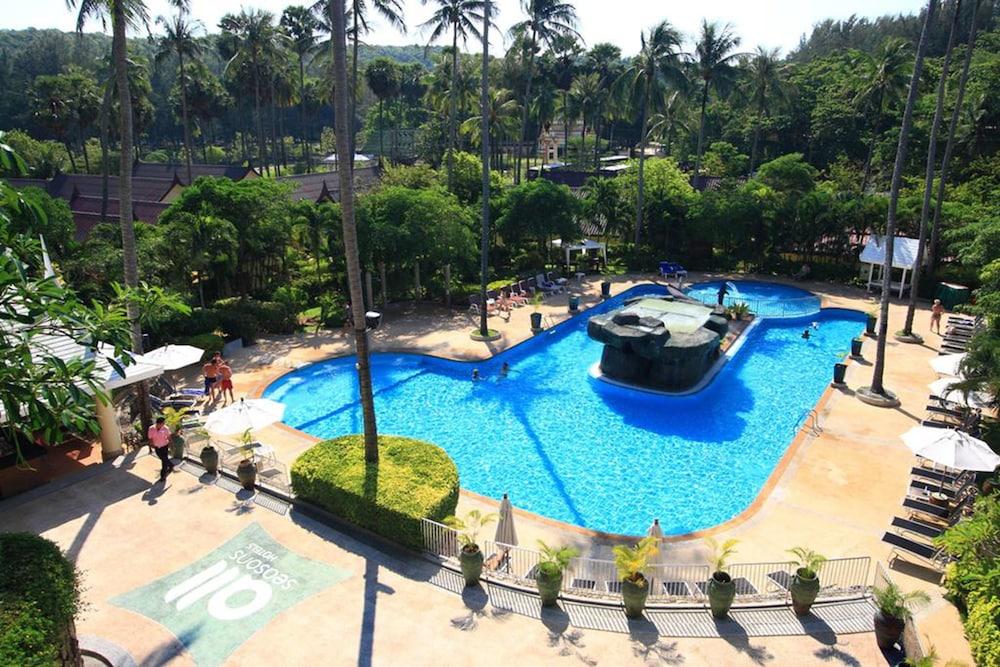 All Seasons Naiharn Phuket, Rawai