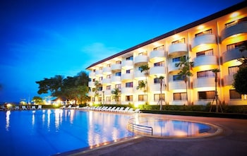 Picture of Beach Garden Hotel Hua Hin / Cha-am in Cha-am