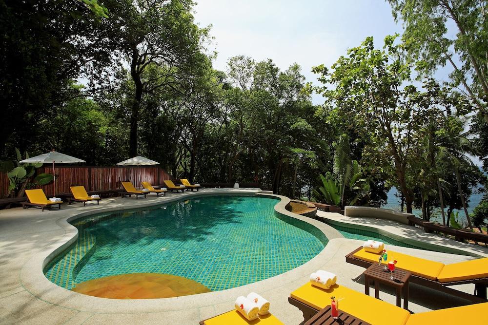 Baan Krating Phuket Resort, Karon