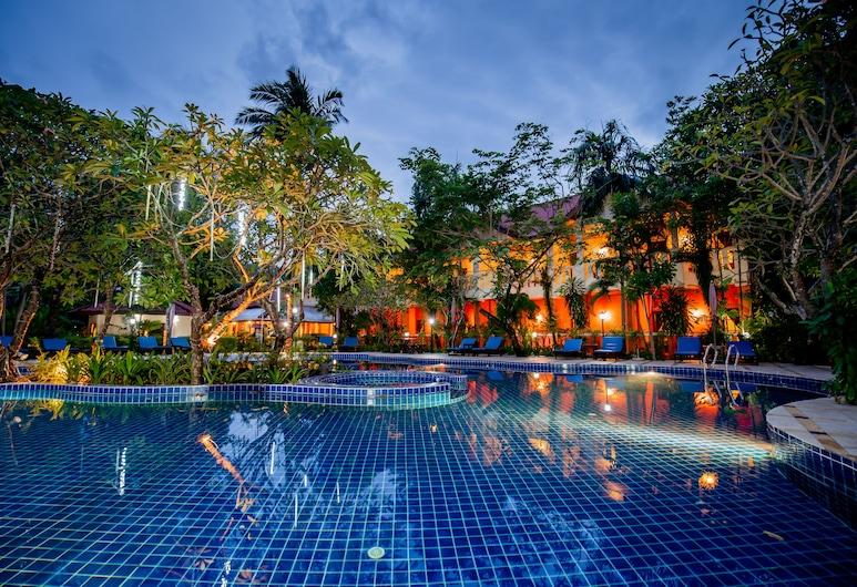 海頓里拉瓦迪酒店, 巴東, 泳池