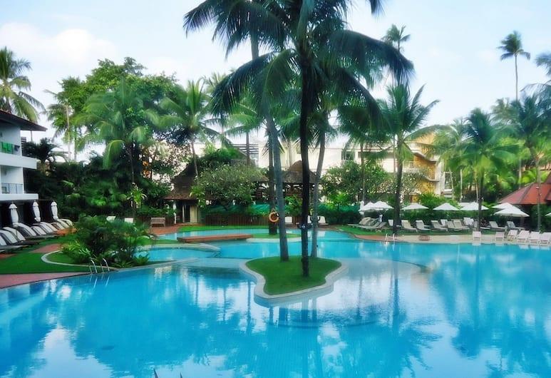 파통 비치 호텔, 파통, 야외 수영장
