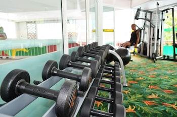 Pilih hotel Empat Bintang ini di Patong