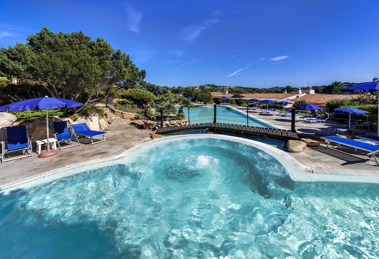 Colonna Country & Sporting, Arzachena, Outdoor Pool